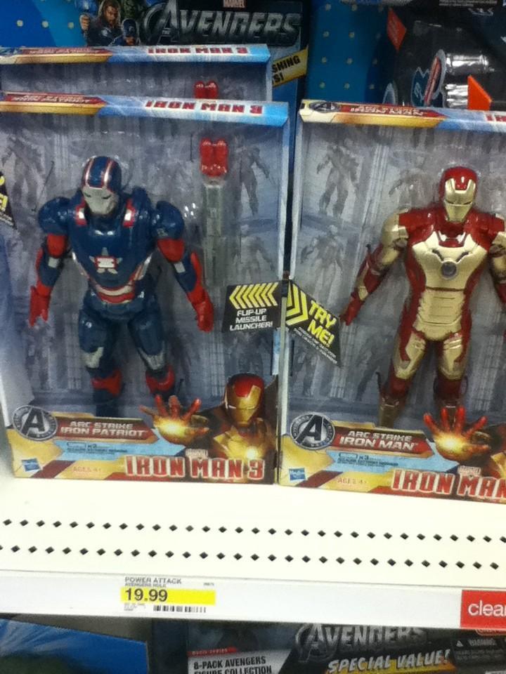iron-man-3-hall-armures-jouets