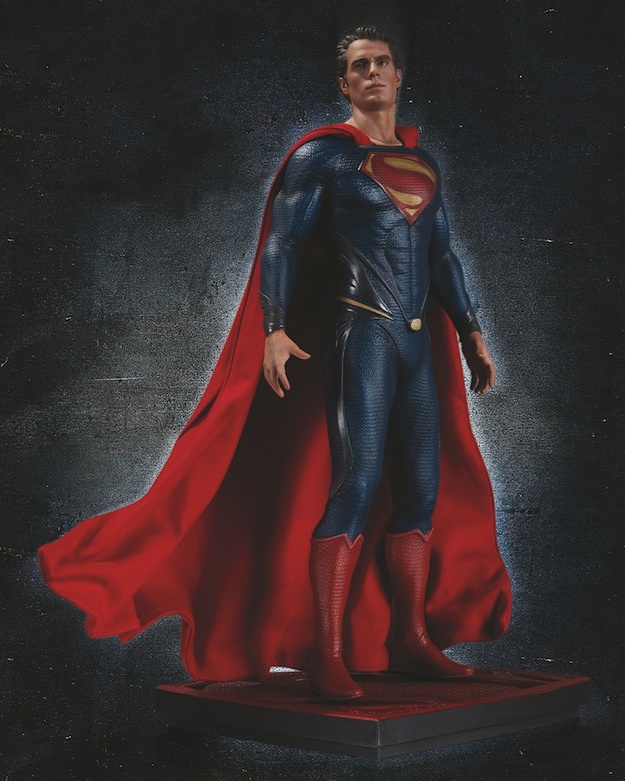 man-of-steel-statue-dc-collectibles
