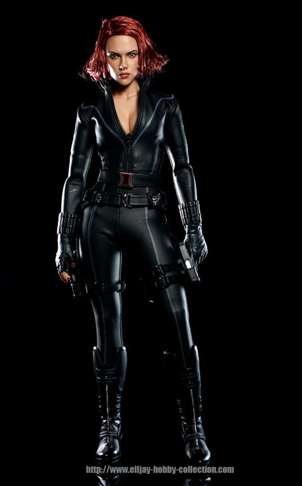 HOT-toys-black-widow-2