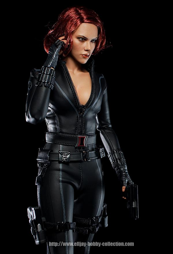 HOT-toys-black-widow-3