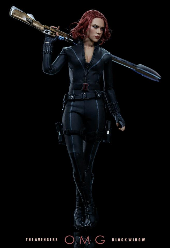 HOT-toys-black-widow-9