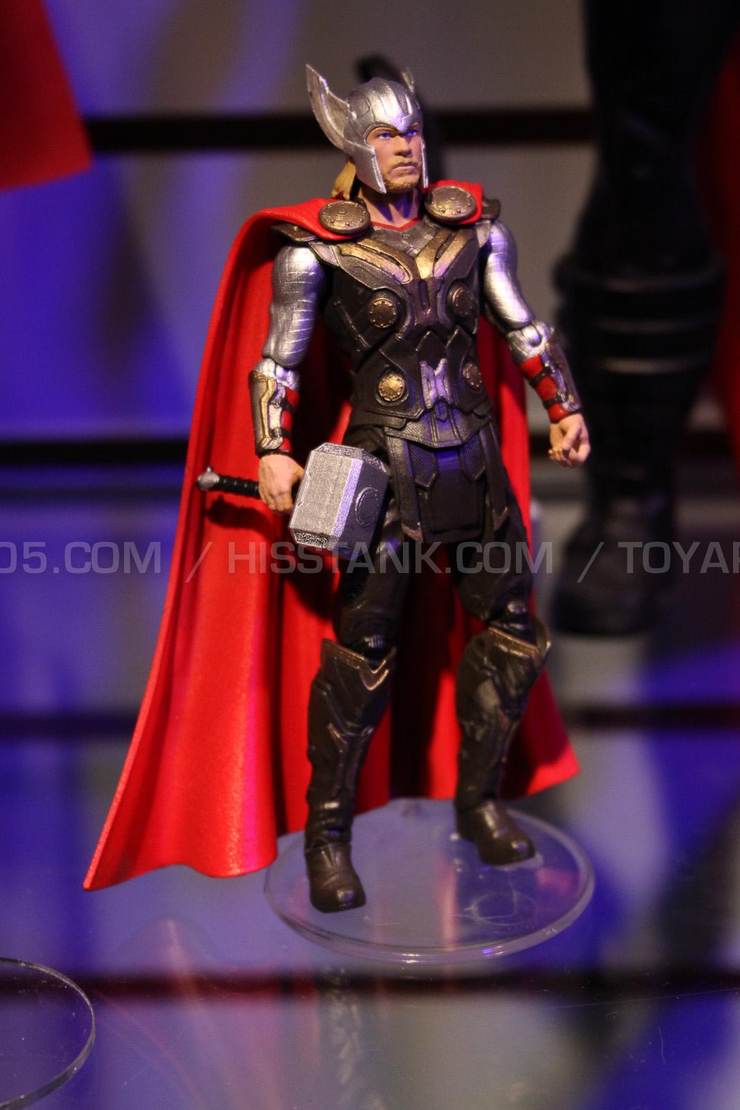 thor-dark-world-jouet-figurine
