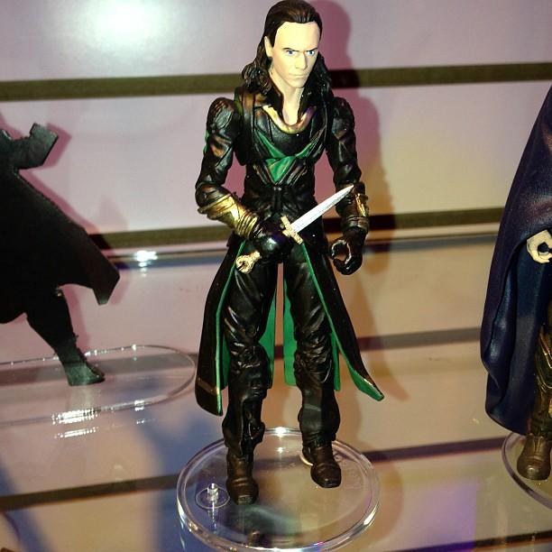 thor-dark-world-jouet-loki