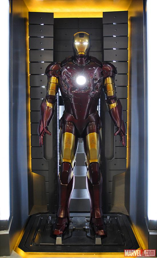 Iron_Man_Armor_MK_III_(Earth-199999)_001