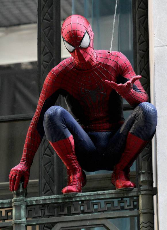 amazing-spider-man-2-costume-tournage3