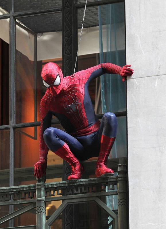amazing-spider-man-2-costume-tournage4