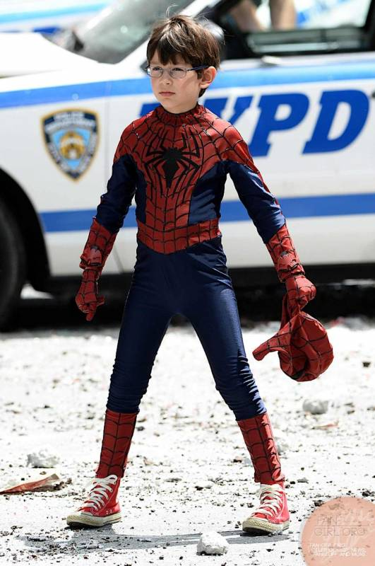 spider-man-kid-amazing-2-tou