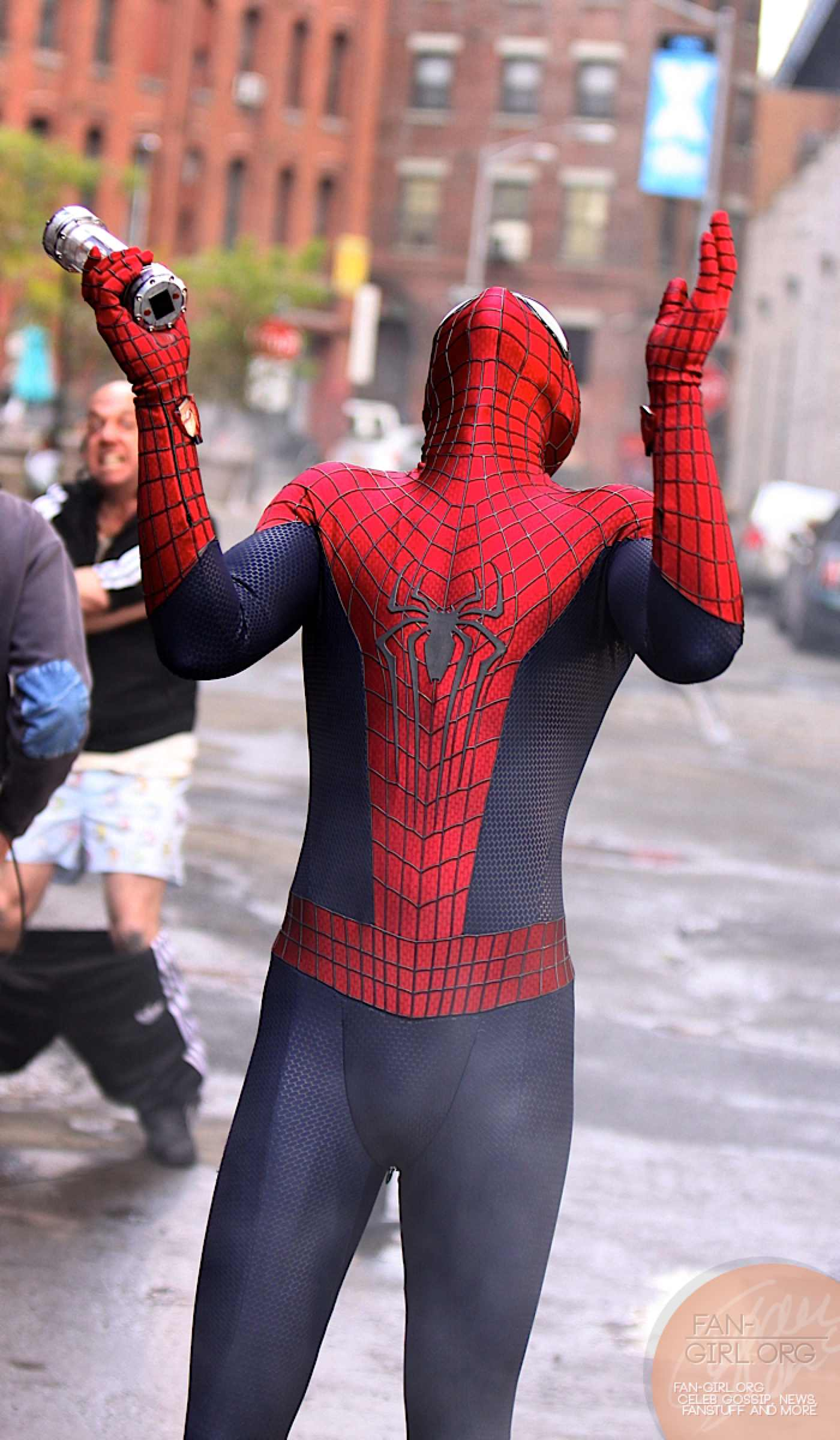 tournage-amazing-spider-man-2-rhino-giamatti5