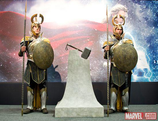 marvel-stand-comic-con-booth