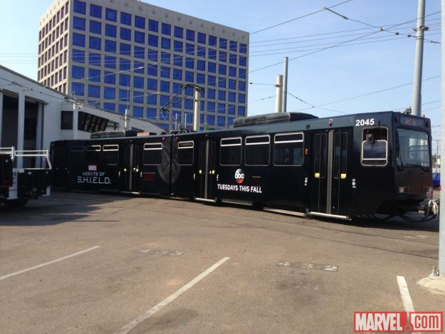 san-diego-shield-comicon-bus