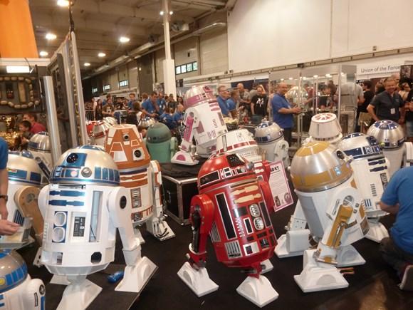 star-wars-celebration-europe-esse-droid-builder