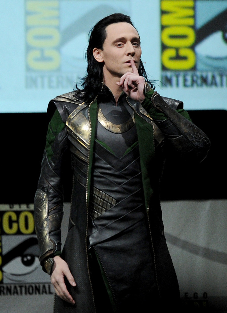 http://lestoilesheroiques.fr/wp-content/uploads/2013/07/tom-hiddleston-loki-comiccon.jpg