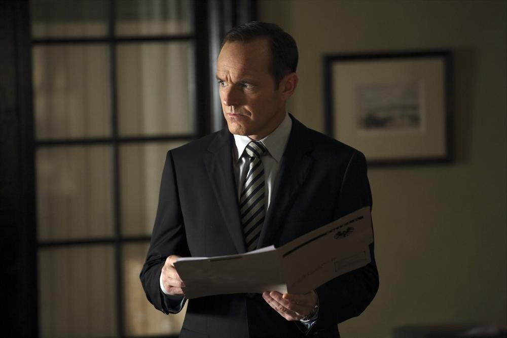 agents-of-shield-episode-5-girl-in-the-flower-dress-coulson
