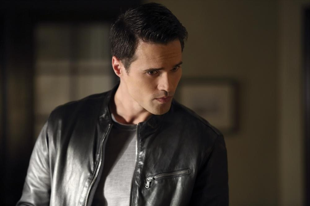 agents-of-shield-episode-5-girl-in-the-flower-dress-ward