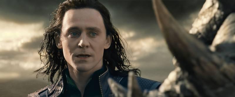 thor-2-le-monde-des-tenebres-tom-hiddleston