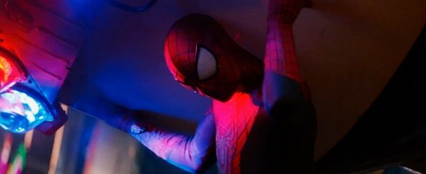 amazing-spider-man-new-year-time-square-trailer