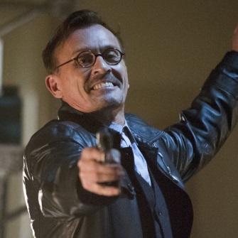 Arrow : Toutes les images de l'épisode 14 ('Time of Death ...