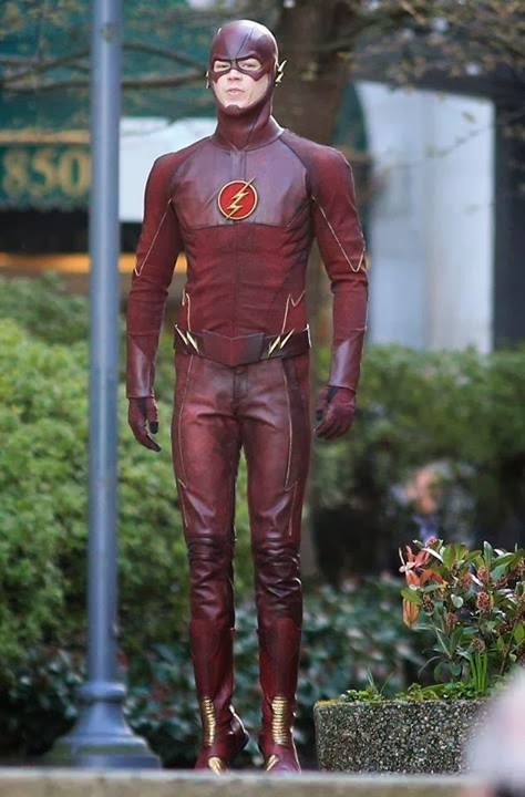 flash-tournage-grant-gustin-costume-shoot