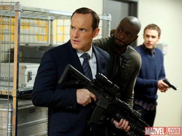 agents-of-shield-episode-20-nothing-personal-biggun