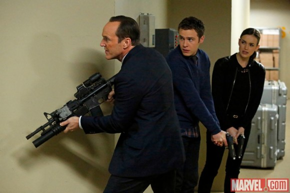 agents-of-shield-episode-20-nothing-personal-team