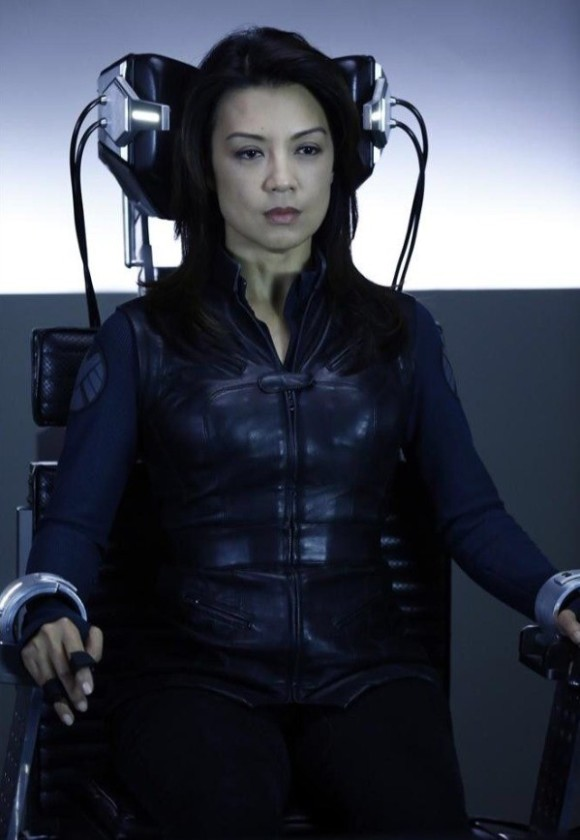 agents-of-shield-lies-detector-episode-light