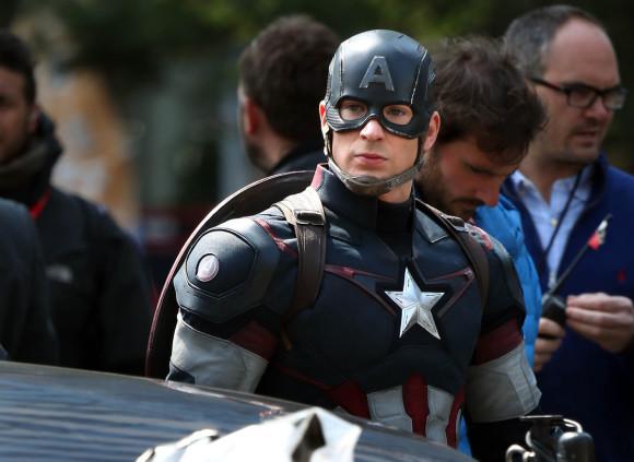 avengers-age-of-ultron-tournage-captain-america-chris-evans