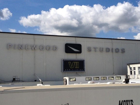 pinewood-star-wars-episode-vii-tournage