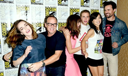agent-coulson-agresse-simmons