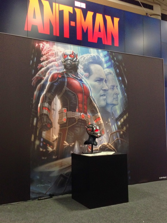 ant-man-casque-stand-marvel