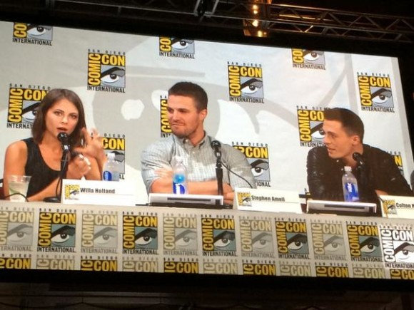 arrow-willa-john-stephen-panel