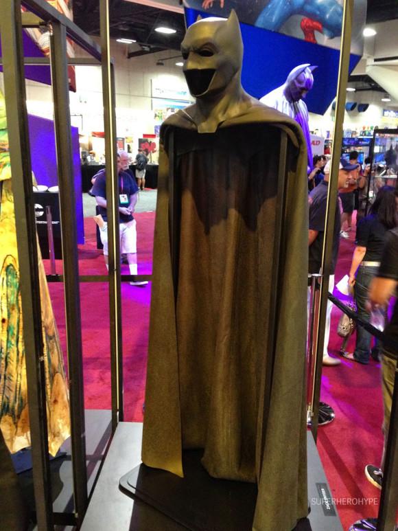 batman-v-superman-costume-dccomics