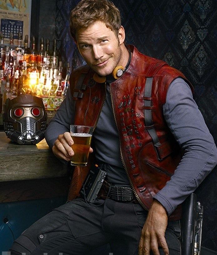 Les Gardiens De La Galaxie Chris Pratt Pose Avec Un Vrai