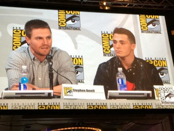 colton-haynes-arrow-panel-comic-con
