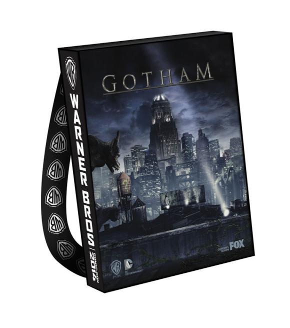 gotham-comic-con-2014-bag