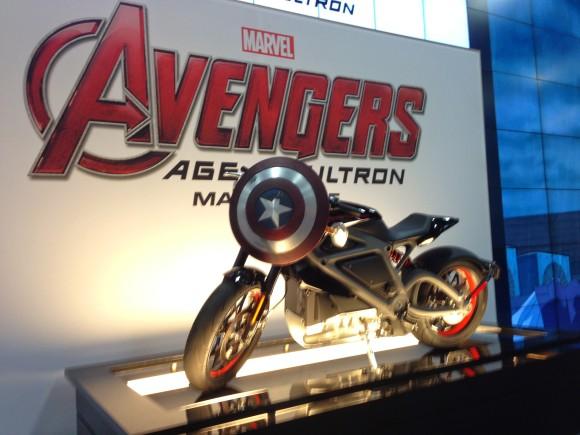 moto-harley-davidson-avengers