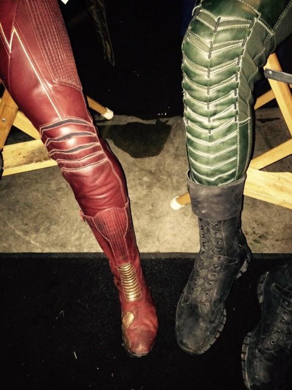 arrow-flash-crossover-legs-amell