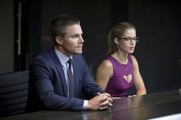 arrow-saison-3-the-calm-felicity
