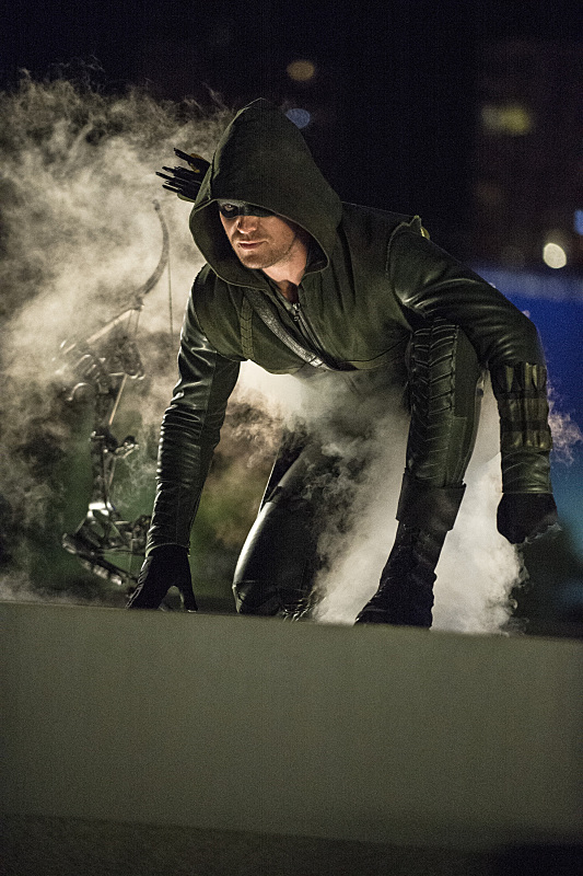 arrow-saison-3-the-calm-stephen-amell