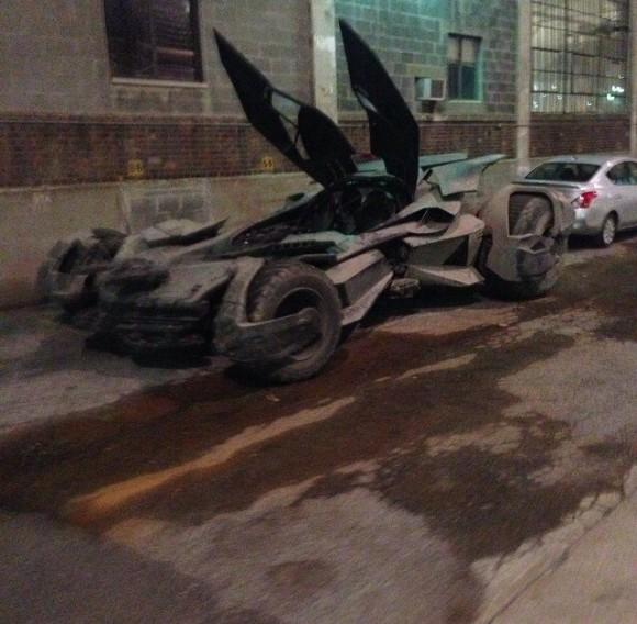 tournage-dawn-of-justice-batmobile