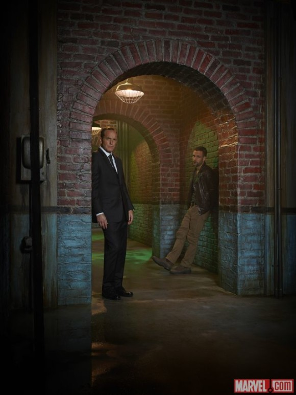 agents-of-shield-promo-portrait-season2-coulson-hunter