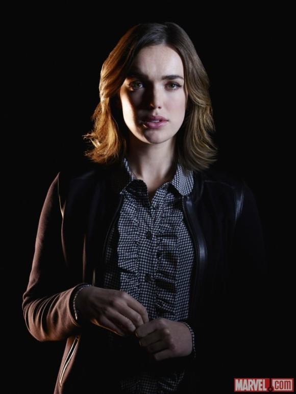 agents-of-shield-promo-portrait-season2-simmons-gemma