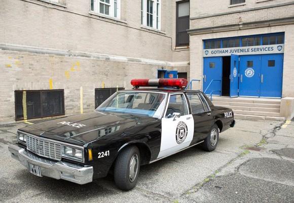gotham-episode-2-selina-kyle-car-police