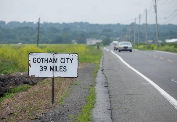 gotham-episode-2-selina-kyle-city-miles