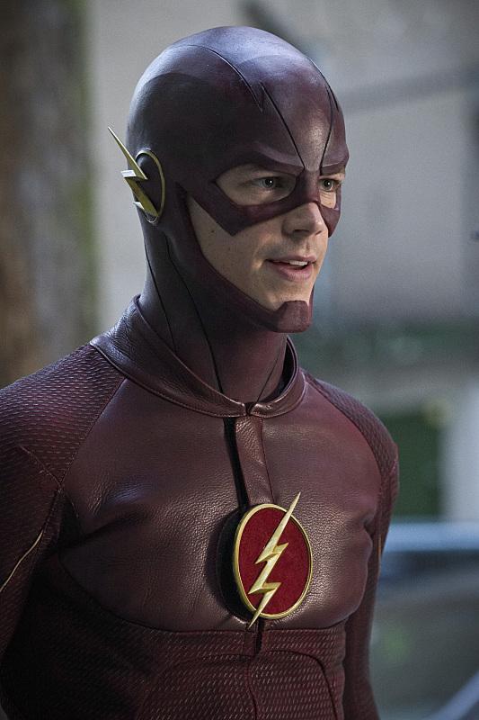 the-flash-episode-plastique-tete-barry