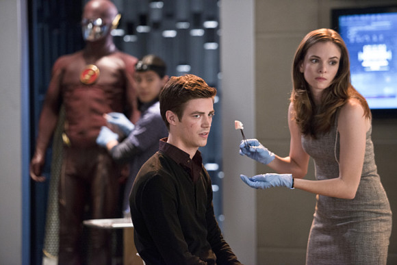 the-flash-fastest-man-alive-episode-barry-caitlin