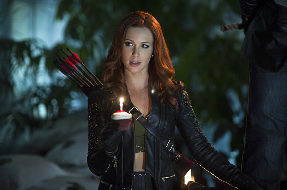 arrow-episode-draw-back-your-bow-amy-gumenick