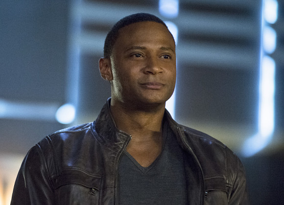 arrow-episode-draw-back-your-bow-john-diggle