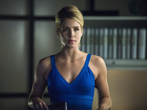 arrow-episode-draw-back-your-bow-smoak-blue-dress-felicity