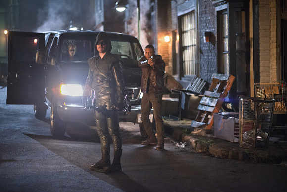 arrow-episode-draw-back-your-bow-van-scooby