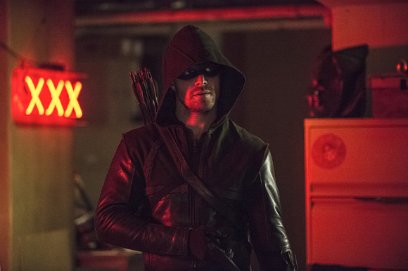 arrow-the-flash-crossover-episode-the-brave-and-the-bold-arrow